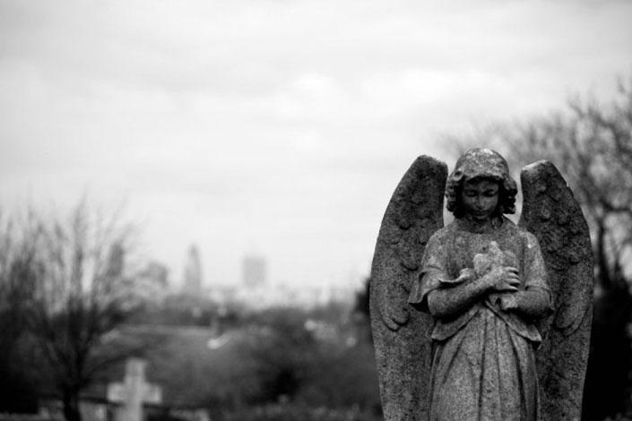 Смерть може підмінити собою Бога