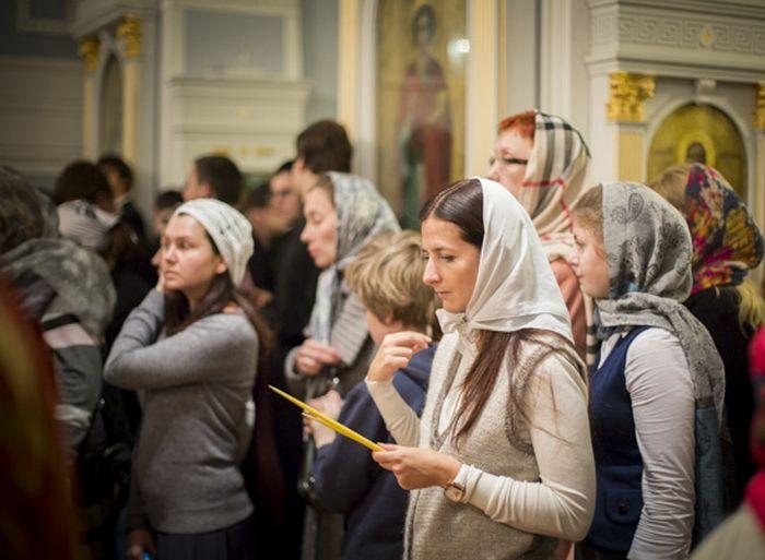 Введення Богородиці в храм: Про приниження жінки в Церкві